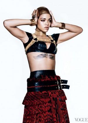 Rihanna: Vogue US -05