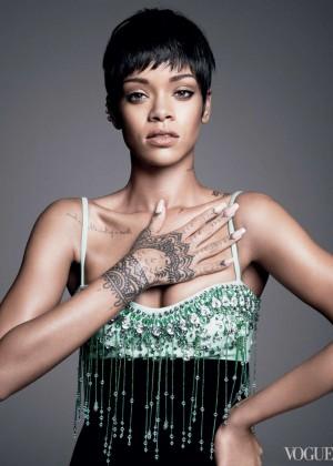 Rihanna: Vogue US -10
