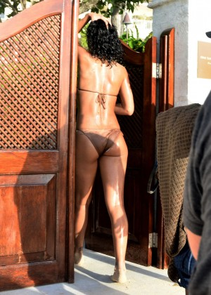 Rihanna Bikini: 2013 Pics Barbados-18