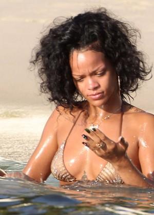Rihanna Bikini: 2013 Pics Barbados-40