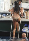 Rihanna - Hot and Sexy bikin photos-15