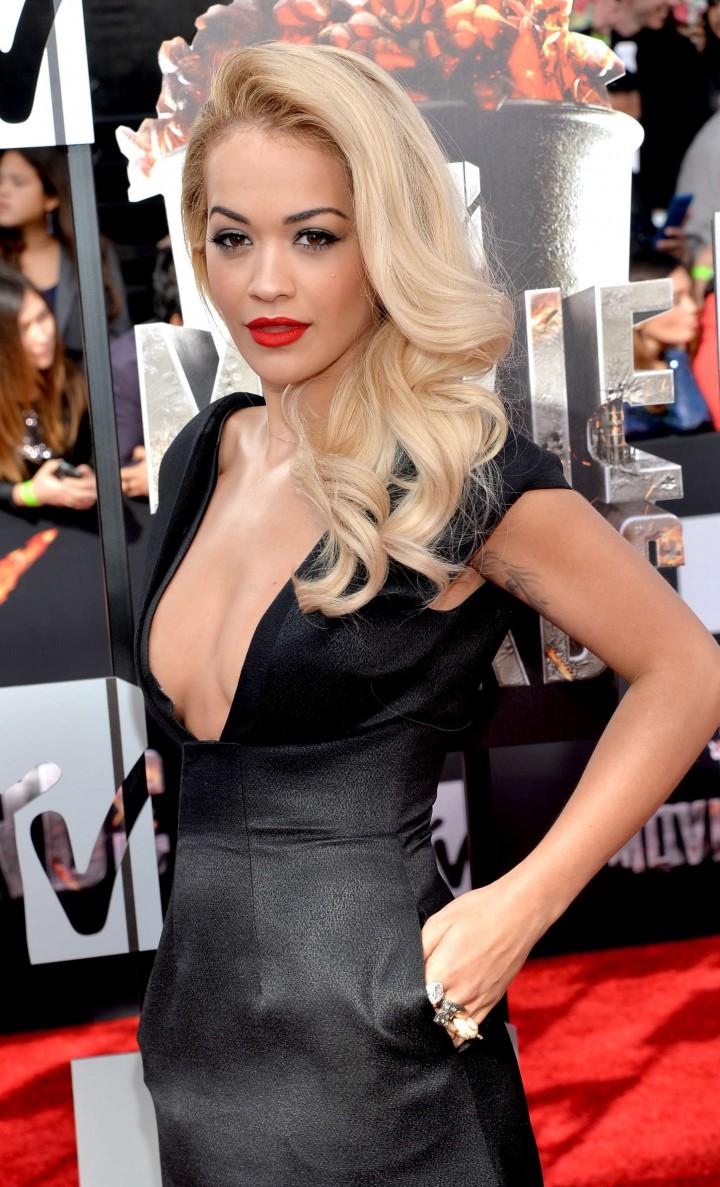 Rita Ora: 2014 MTV Movie Awards -01