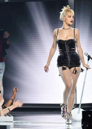 Rita Ora PerformsLive at Fashion Rocks 2014 -03