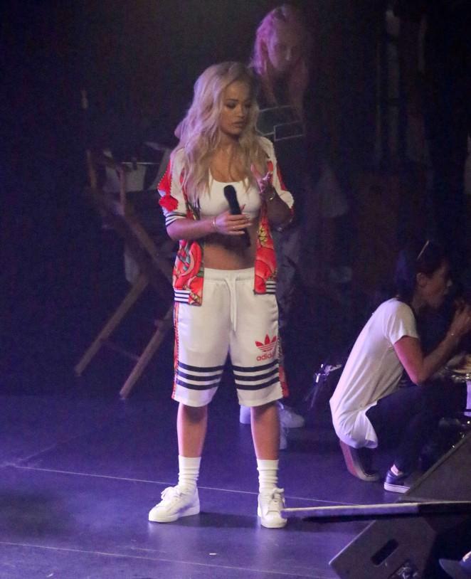 Rita Ora: Filming her new music video -54