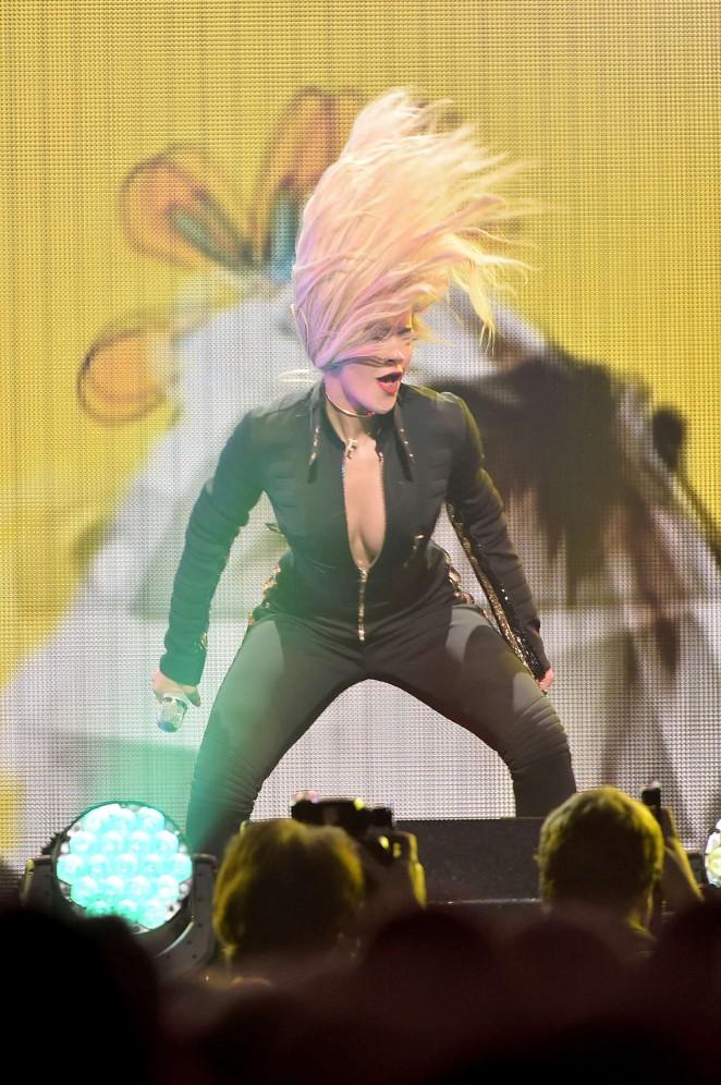 Rita Ora – Q102's Jingle Ball 2014 in Philadelphia