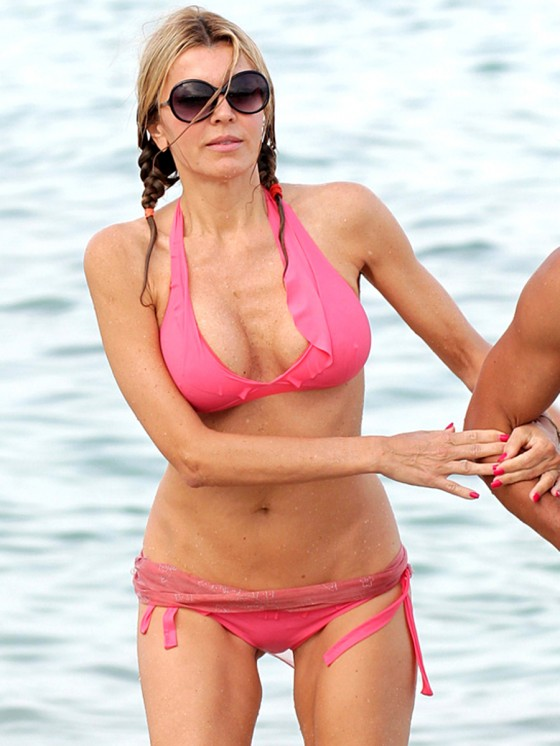 Rita Rusic - Bikini Candids on Miami Beach-08