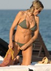 Rita Rusic - Hot bikini body in Miami-07