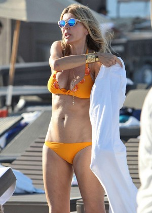 Rita Rusic in Yellow Bikini in Miami-08