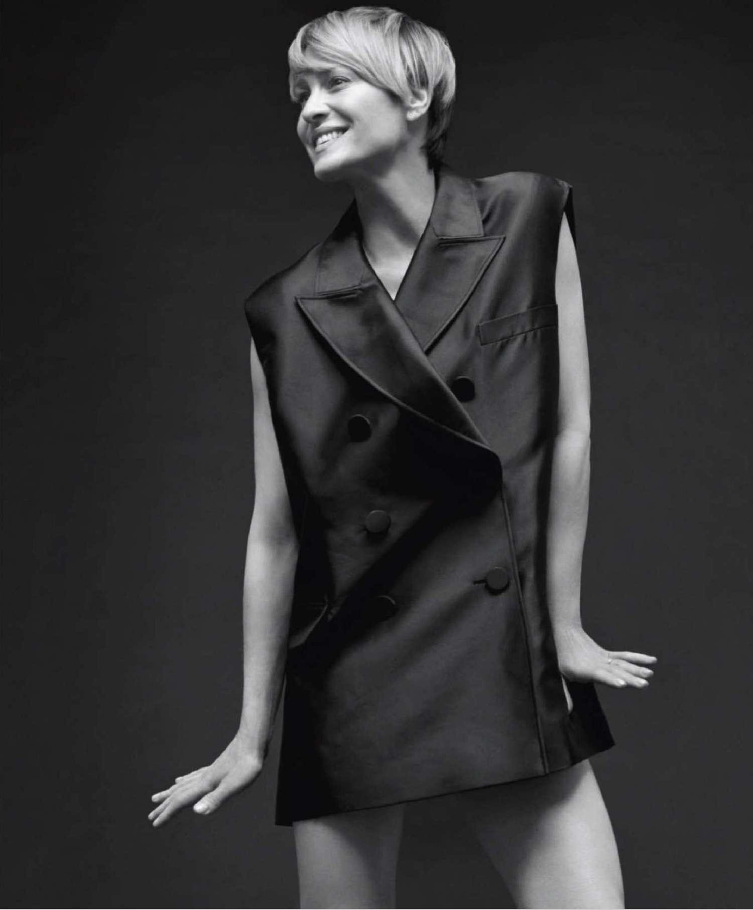 Robin Wright 2014 : Robin Wright: Harpers Bazaar US -01
