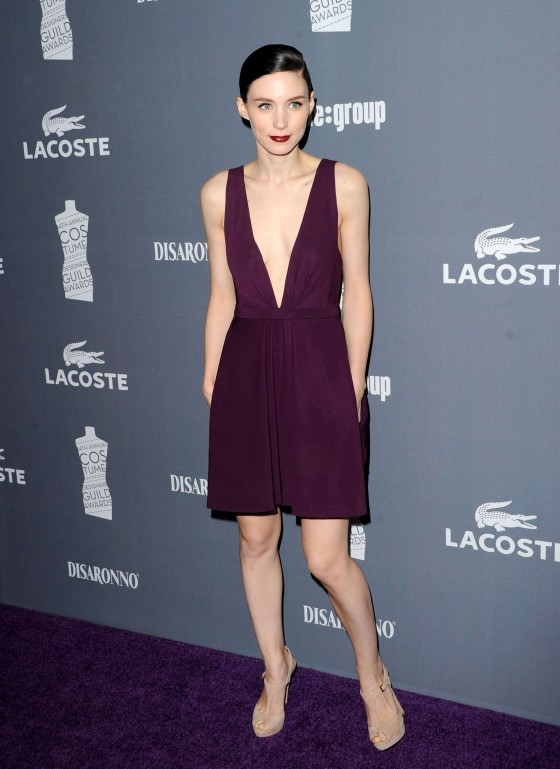 Rooney Mara cleavy at 2012 Costume Designers Guild Awards-04