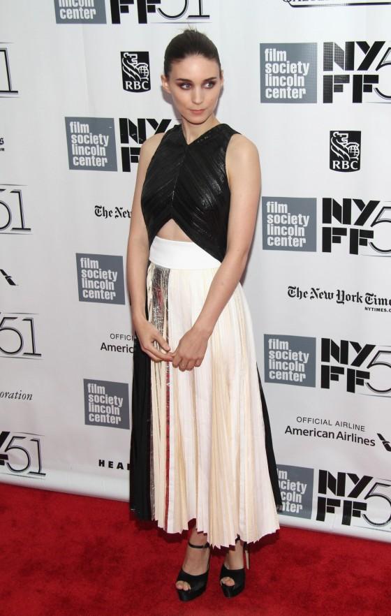 "Rooney Mara – Closing Night Gala Presentation of ""Her"" at NY Film Fest"