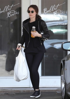 Rooney Mara in Tights Leaving a Ballet Class in West Hollywood
