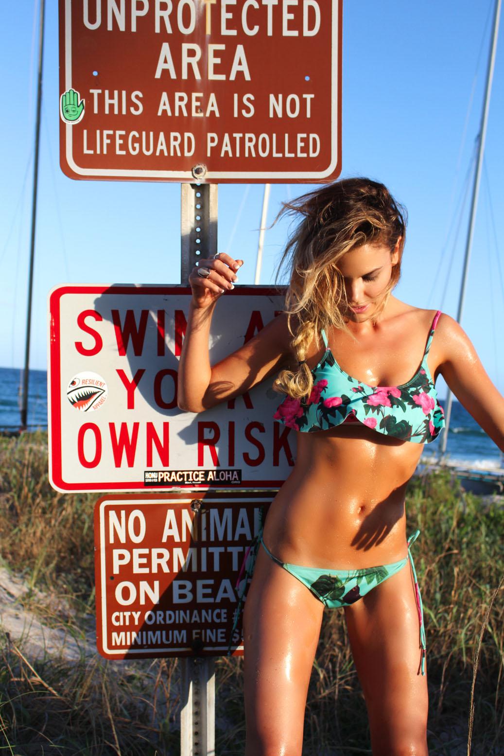 Rosalind Lipsett 2014 : Rosalind Lipsett Bikini Photos: Beach Riot Shoot -04