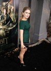 Rose McIver - The Hobbit: The Desolation Of Smaug premiere -06