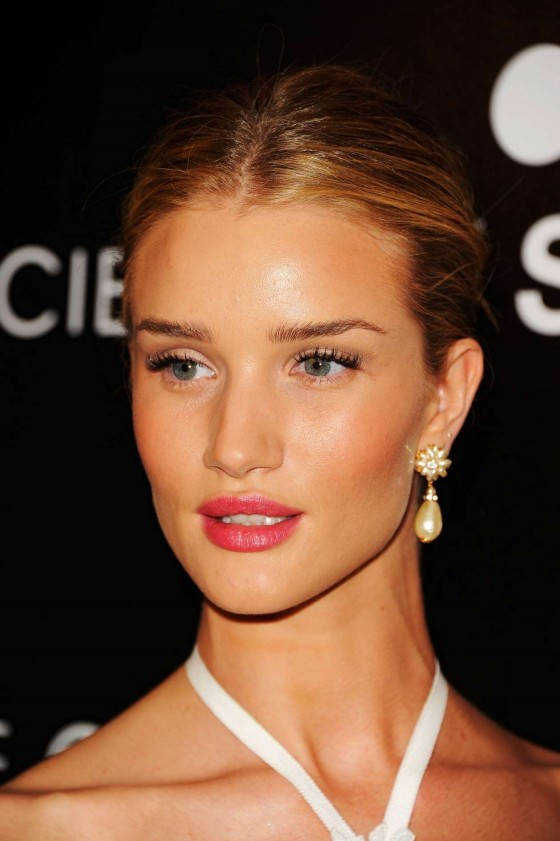 Rosie Huntington-Whiteley at �Safe� premiere in NYC