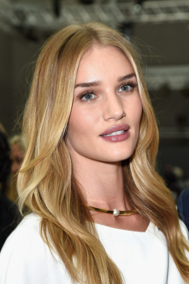Rosie Huntington Whiteley - Givenchy Fashion Show in Paris