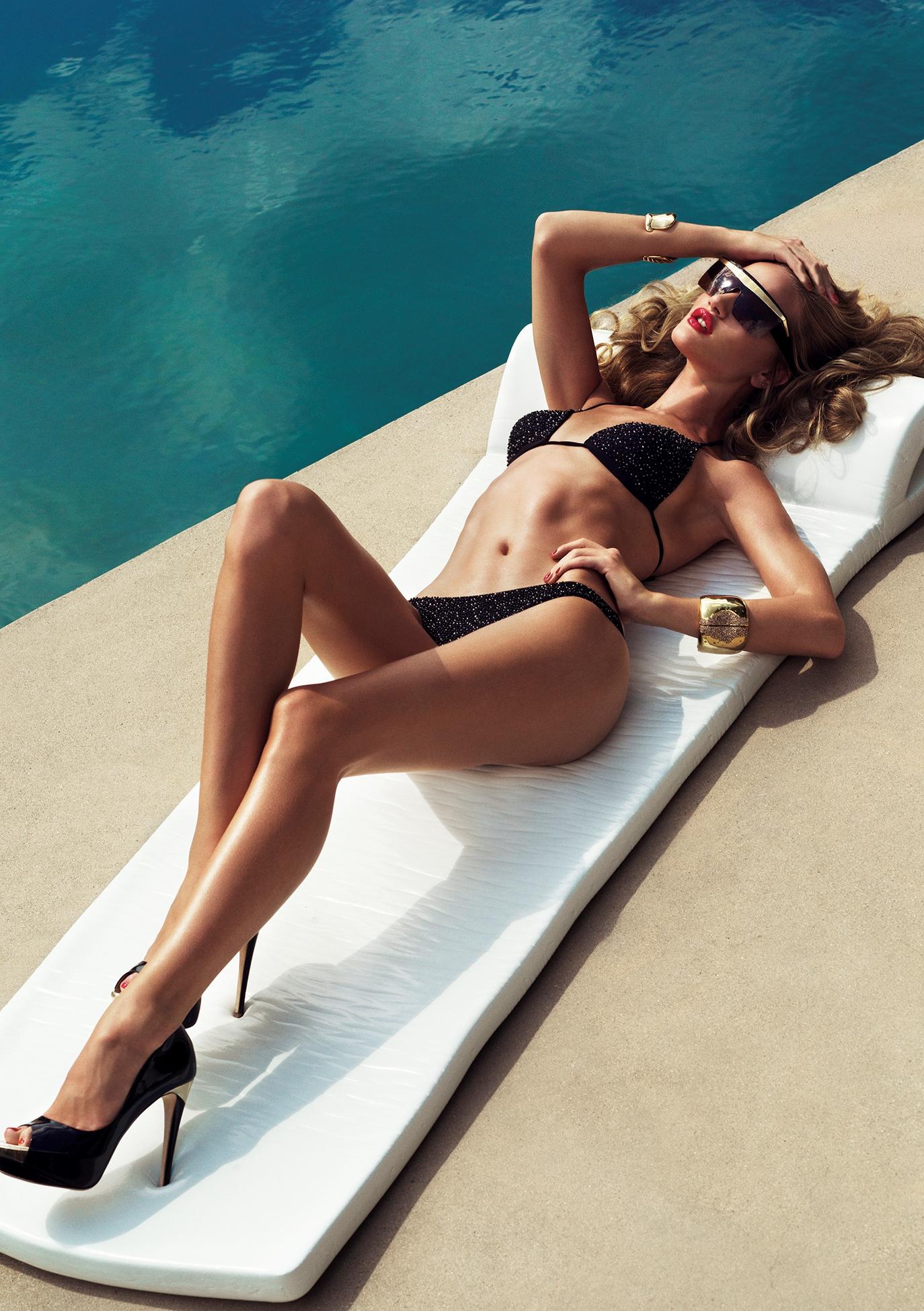 Rosie Huntington Whiteley - Hot for Harpers Bazaar UK-09
