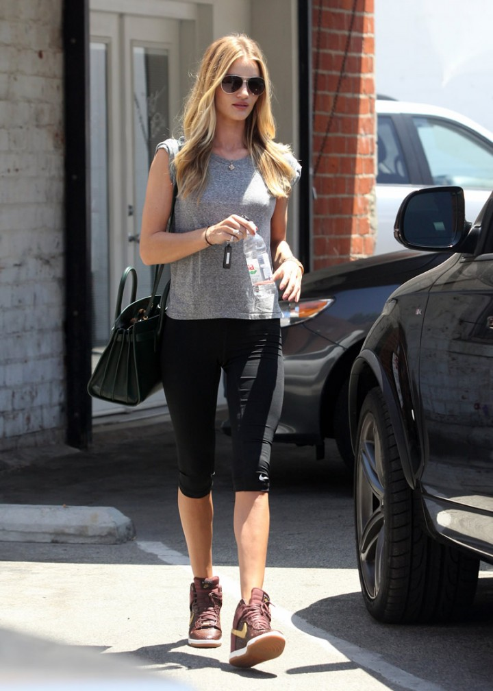 Rosie Huntington-Whiteley leaving a gym in West Hollywood-20