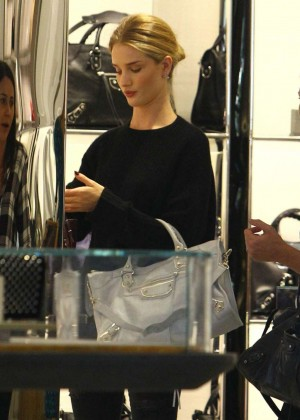 Rosie Huntington-Whiteley - Shopping at Barney's New York in Beverly Hills