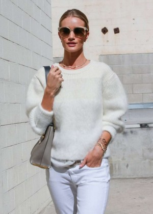 Rosie Huntington Whiteley in White Pants Shopping in Beverly Hills
