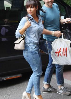 Roxanne Pallett in tight jeans. -01