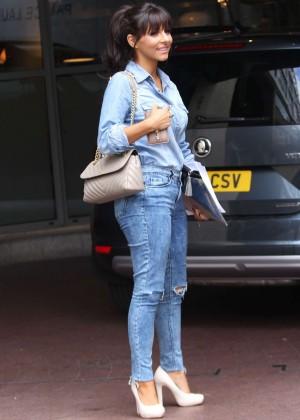 Roxanne Pallett in tight jeans. -02