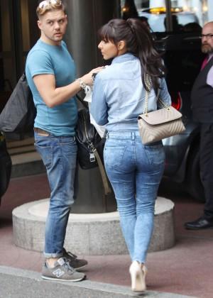 Roxanne Pallett in tight jeans. -04