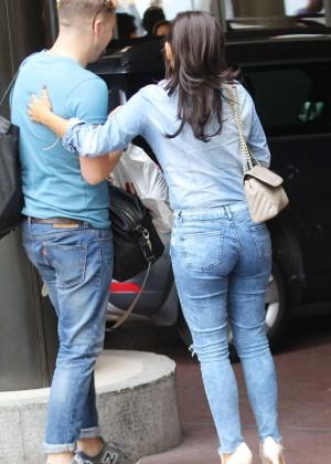 Roxanne Pallett in tight jeans. -07