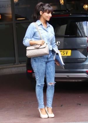 Roxanne Pallett in tight jeans. -09