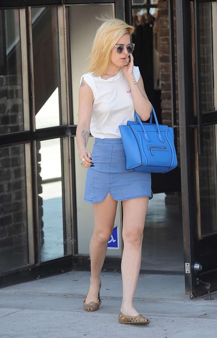 Rumer Willis in Mini Skirt Shopping in LA