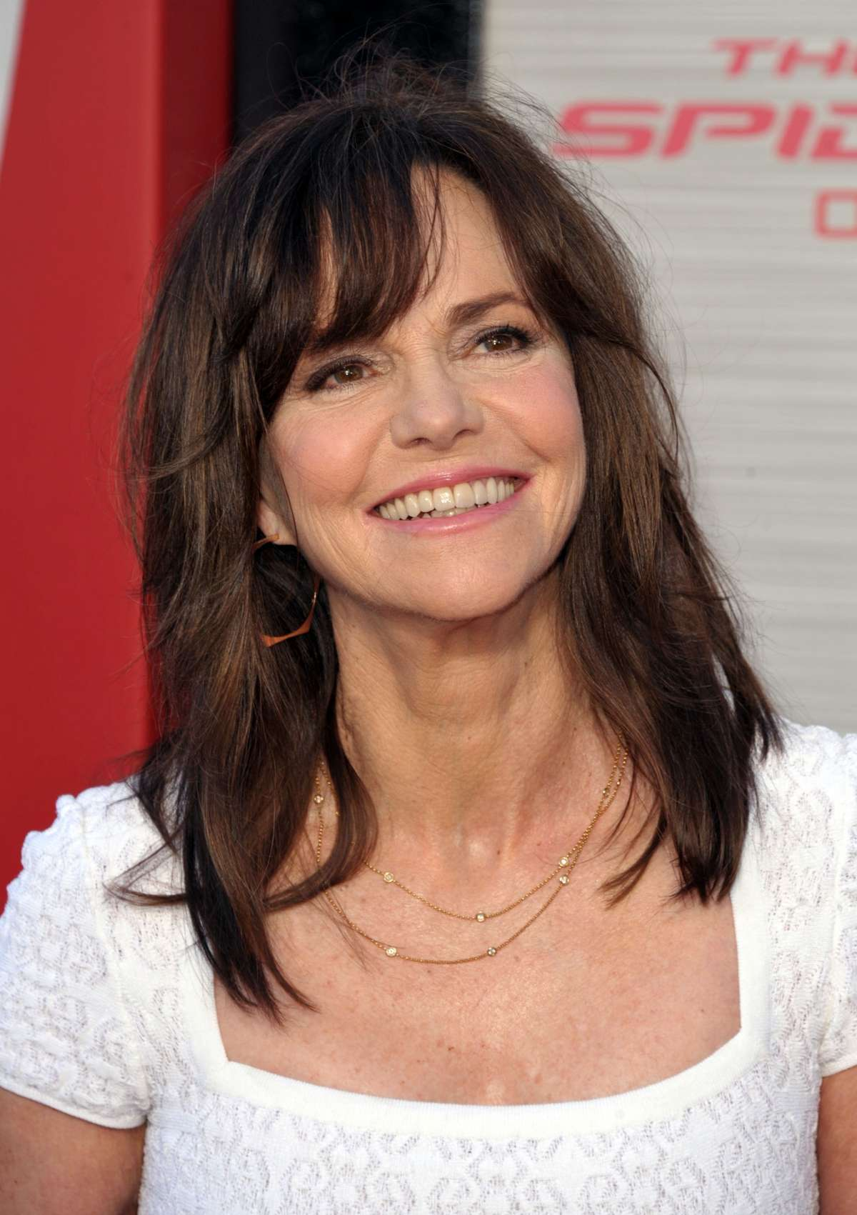 Sally Field In A White Dress At The Amazing Spider Man