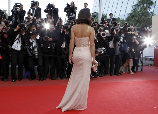 salma-hayek-at-closing-ceremony-of-the-63rd-annual-cannes-film-festival-02