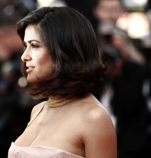 salma-hayek-at-closing-ceremony-of-the-63rd-annual-cannes-film-festival-06