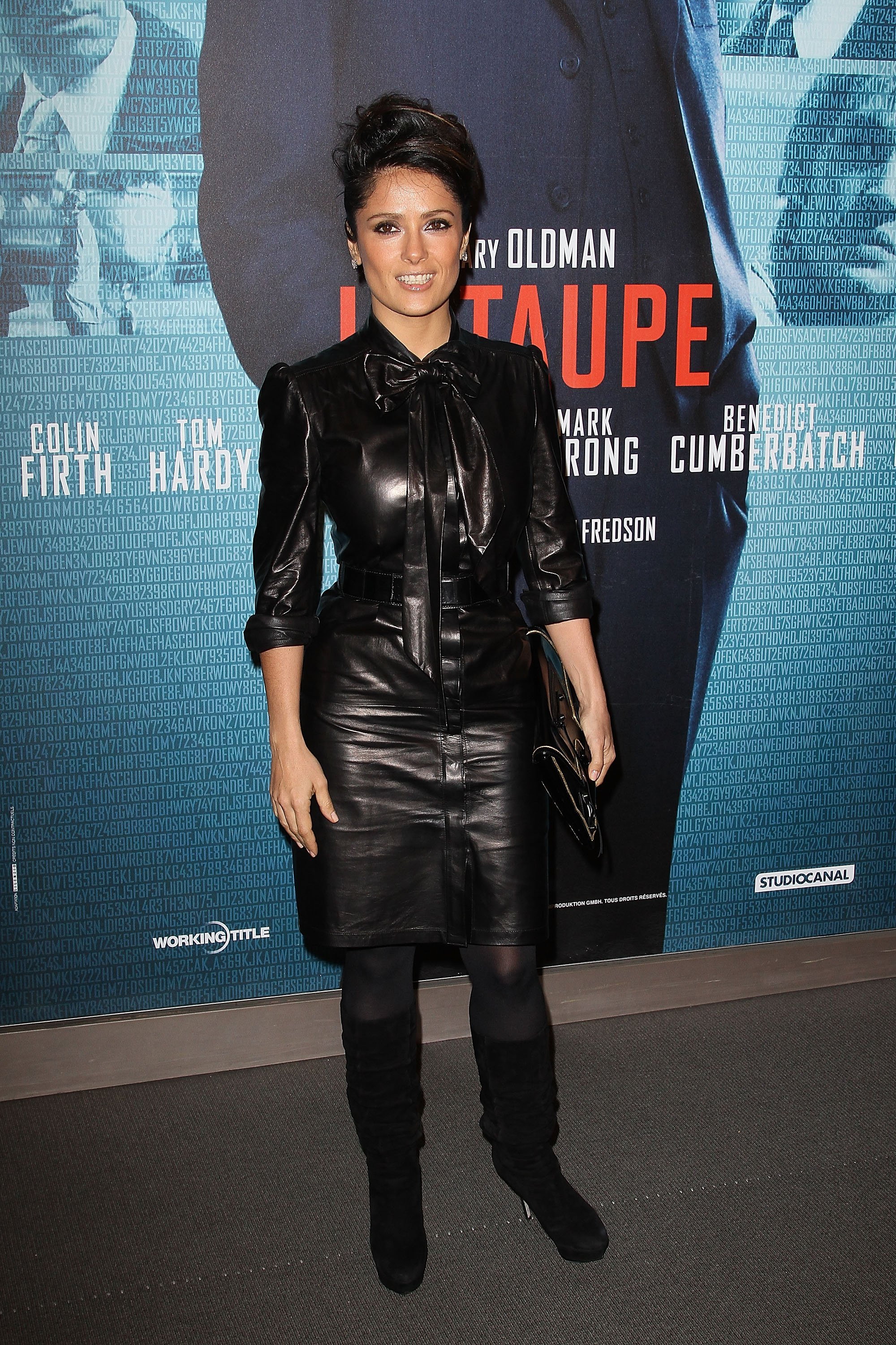 salma-hayek-at-tinker-tailor-soldier-spy-premiere-in-paris-06