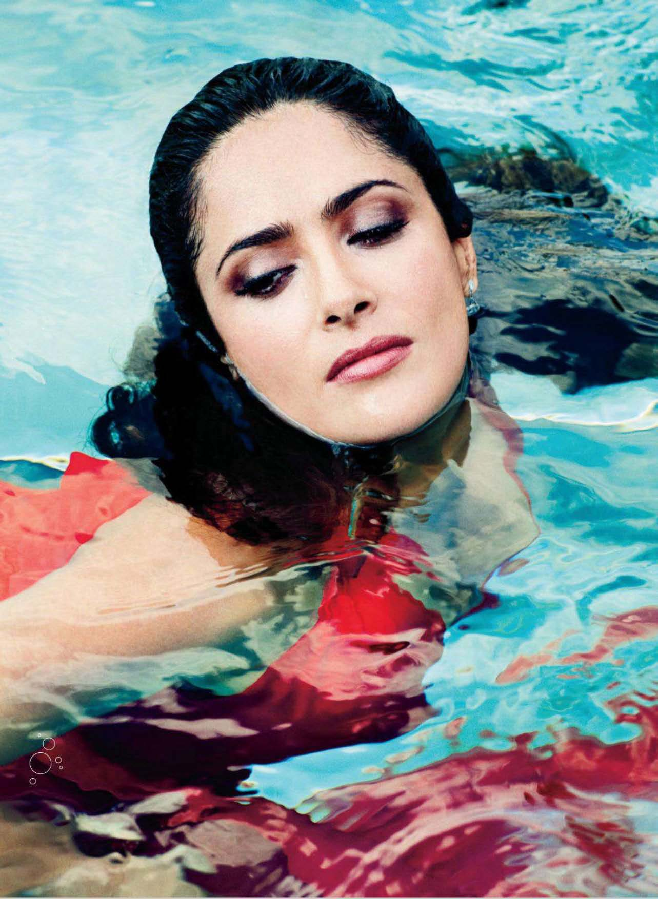 More Magazine November 2014 Issue: Salma Hayek Cleavage For More-03