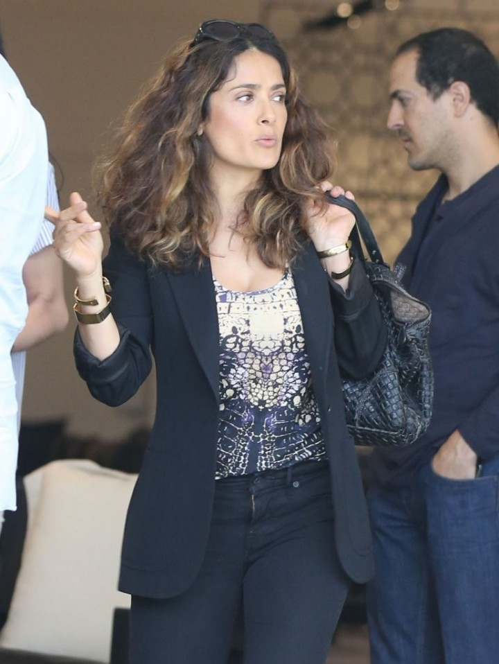 Salma Hayek – out shopping in Hollywood