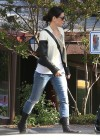 Sandra Bullock in tight jeans -04