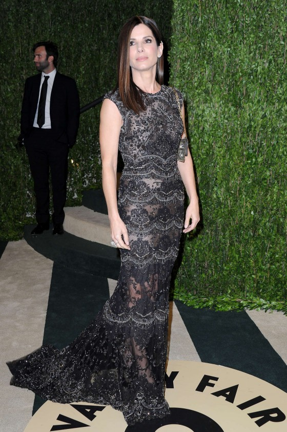Sandra Bullock – Oscar 2013 – Vanity Fair Party -01