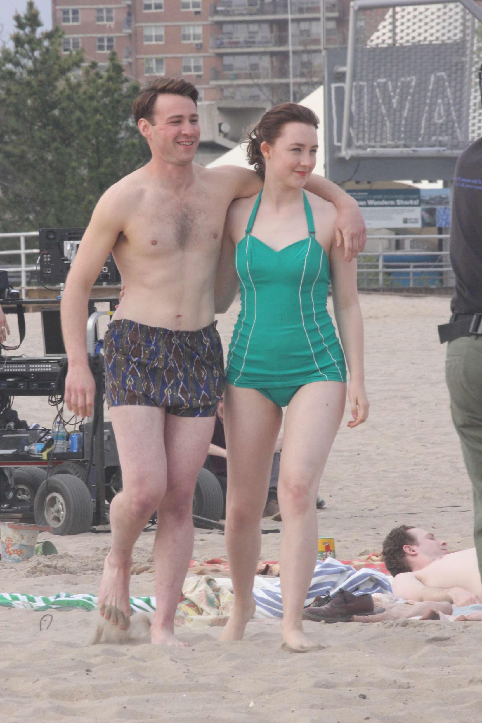 Saoirse Ronan In Green Swimsuit 14 Gotceleb