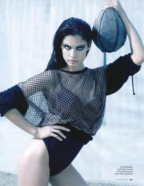 Sara Sampaio – Elle Magazine – May 2013 -09