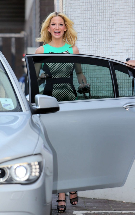 Sarah Harding - Out in London -01