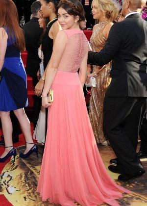 Sarah Hyland: Golden Globe 2014 Awards-09