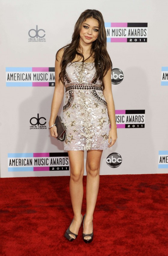 Sarah Hyland - Leggy at 2011 Annual American Music Awards-03
