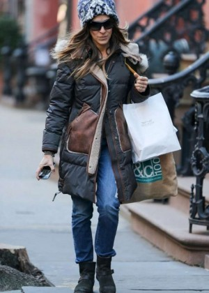 Sarah Jessica Parker in Jeans - Shopping in New York