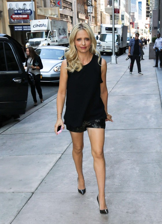 Sarah Michelle Gellar – Out in New York City -03