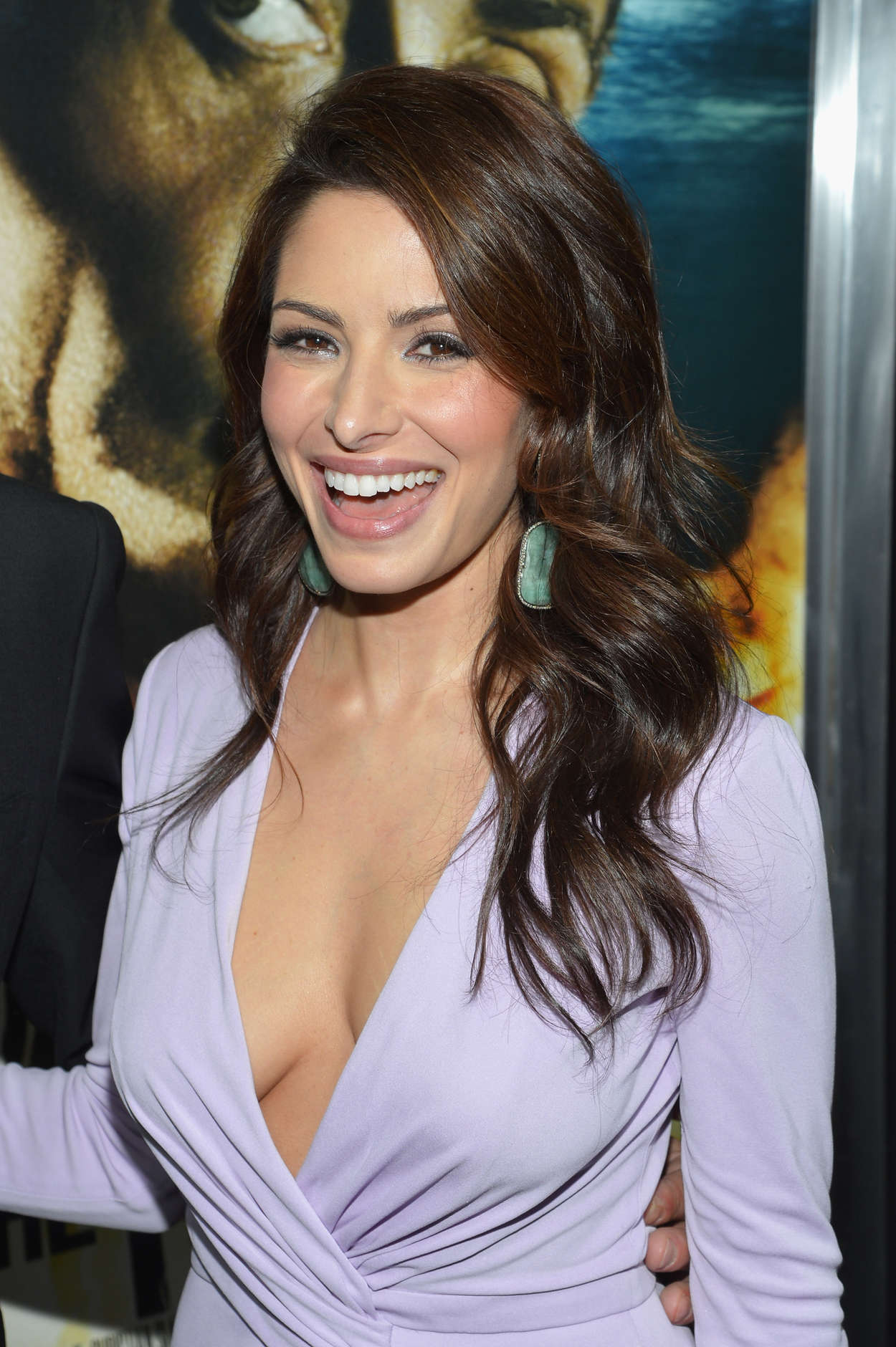 """Back to post Sarah Shahi – """"Bullet To The Head"""" premiere in New"""