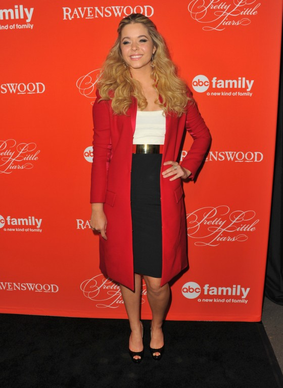 Sasha Pieterse: Pretty Little Liars Halloween Episode Screening -10