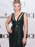 scarlett-johansson-64th-annual-tony-awards-03