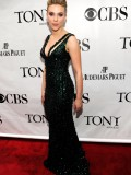 scarlett-johansson-64th-annual-tony-awards-19