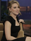 scarlett-johansson-at-the-tonight-show-with-jay-leno-02